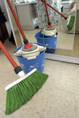 Cleaning, maid service and office janitorial